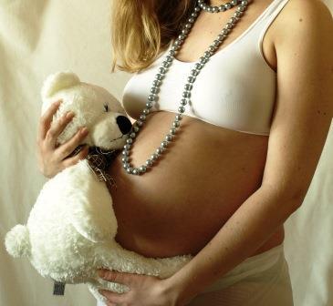 беременная с мишкой